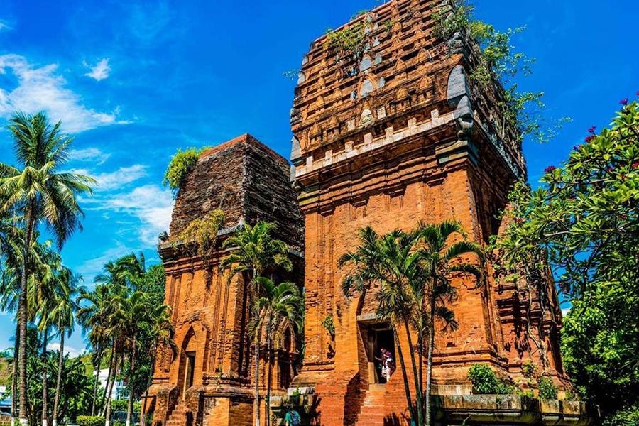 Du lịch Quy Nhơn - Khám phá Tháp Đôi, nét kiến trúc văn hóa Chăm Pa độc đáo